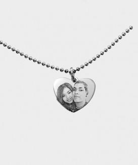 Gravure de photo ou de portrait sur Pendentif coeur Acier chirurgical