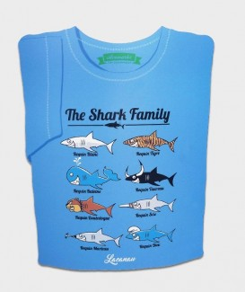 THE SHARK FAMILY t-shirt