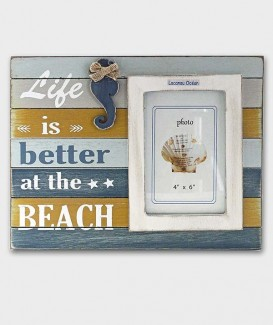 cadre photo e bois dans un style marine dans les couleurs bleus jaunes et blancs