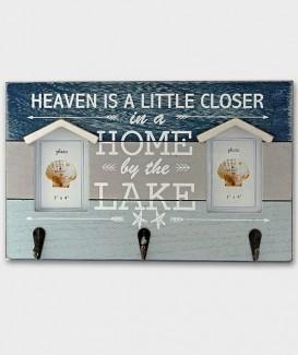 cadre en bois pour 2 photos et 3 portes clefs métal  dans un style marine dans les couleurs bleu et blanc