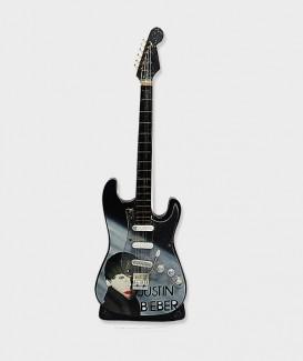 Guitare Miniature  justin bieber 2